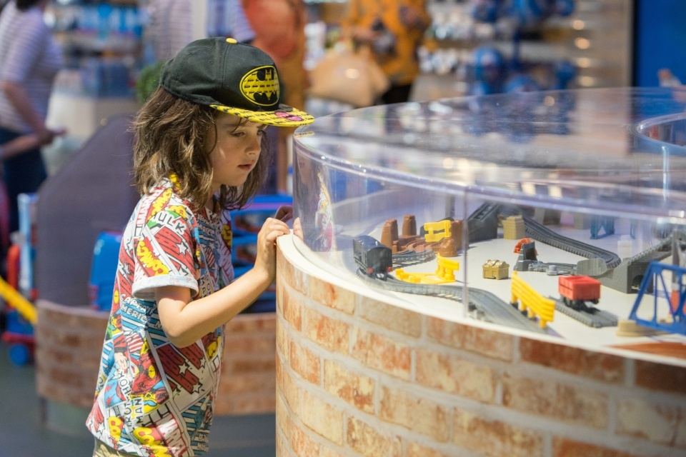 Retail marketing at visitor attractions