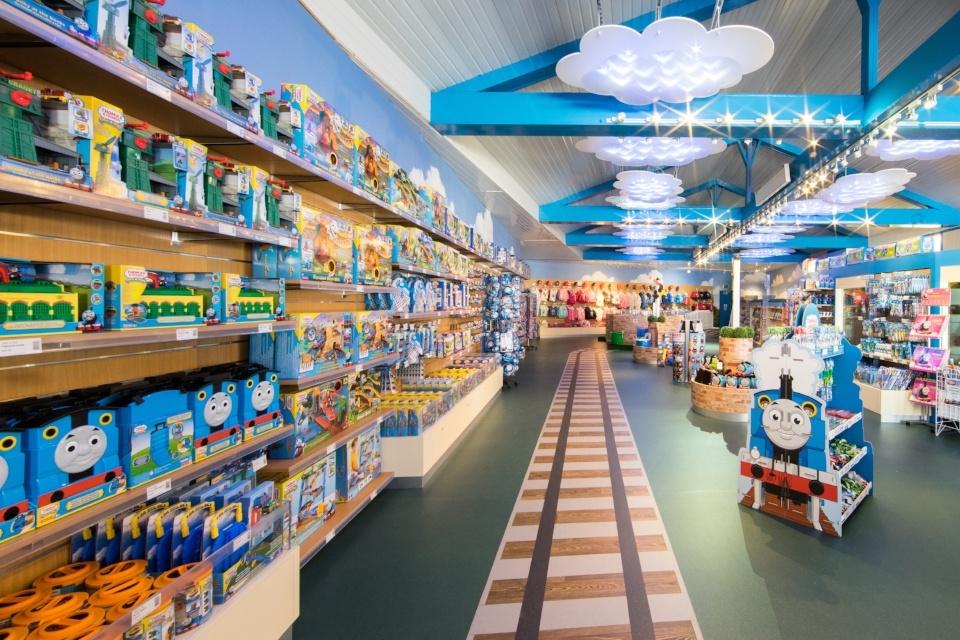 Visual merchandising in the leisure industry
